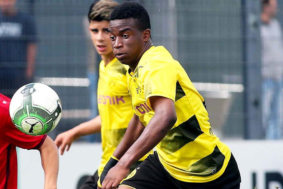 Youssoufa Moukoko erzielte gegen Arminia Bielefelds U19 einen lupenreinen Hattrick.