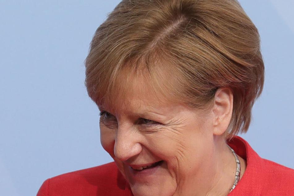 Hat Angela Merkel (63, CDU) 2015 gesetzeswidrig gehandelt? Das will die AfD gerichtlich klären lassen.