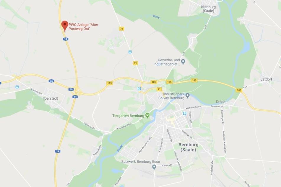 Der Unfall ereignete sich am Rastplatz Alter Postweg-Ost nahe Bernburg.