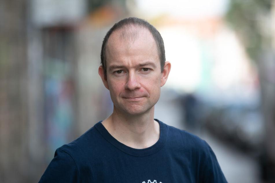 ADFC-Chef Nils Larsen (34) unterstützt den Wunsch nach einem Radweg.