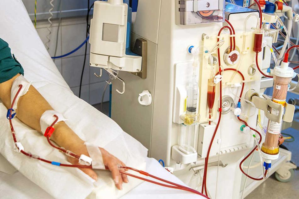 """Ivan Redžić (33) ist seit August diesen Jahres auf die künstliche Blutwäsche, die sogenannte """"Dialyse"""" angewiesen."""