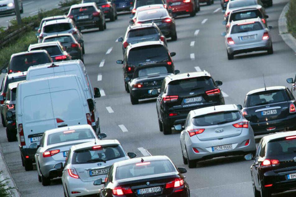 Am Wochenende kommt es für Autofahrer um Köln knüppeldick