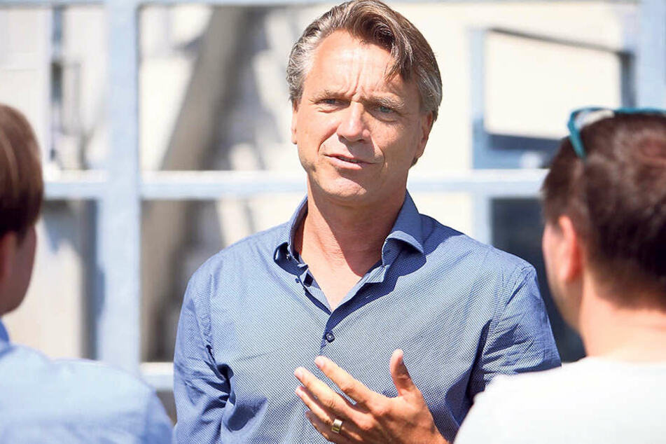 Trainer Horst Steffen bezeichnet sich als offen und kommunikativ. Das freut die Journalisten.