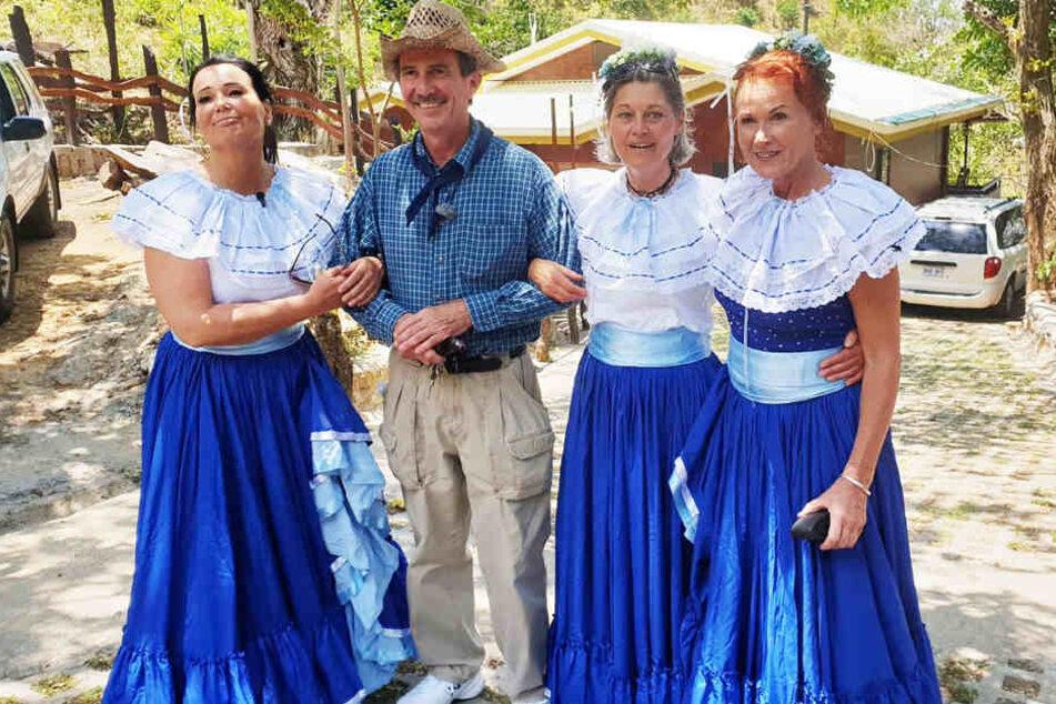 Inka soll Bauer Tom (59) eigentlich mit einer dieser Damen verkuppeln.