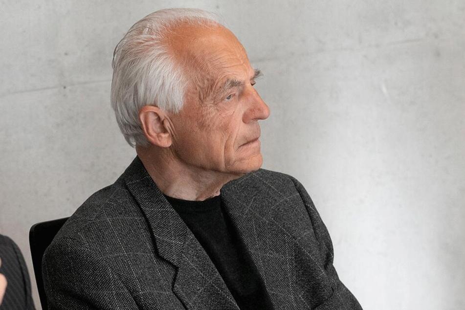 Vater Gunter Schmidtgen (78) kann nicht verstehen, warum sein Sohn sterben musste.