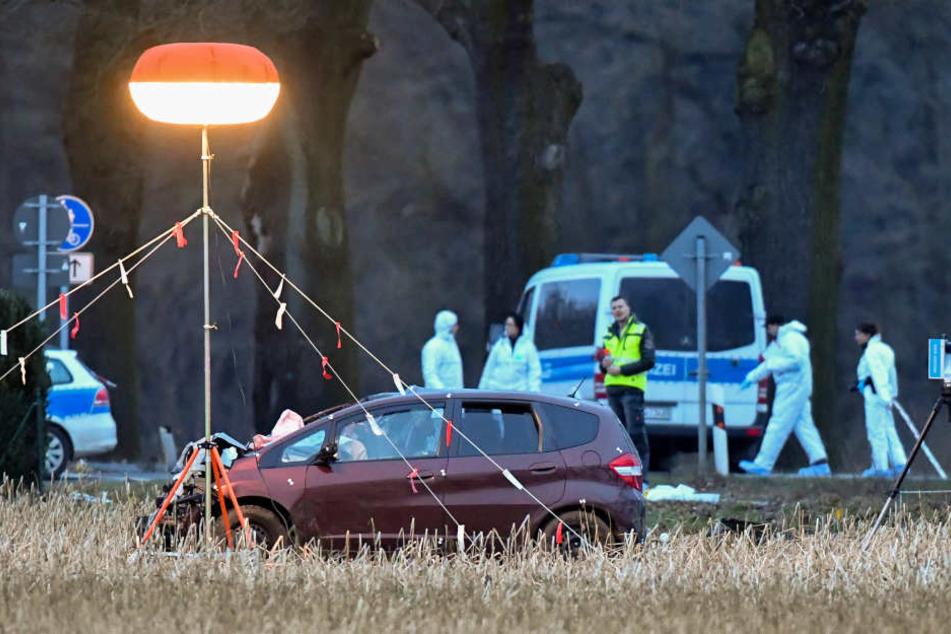 Mit diesem Auto hatte der junge Mann die Polizisten tot gefahren.