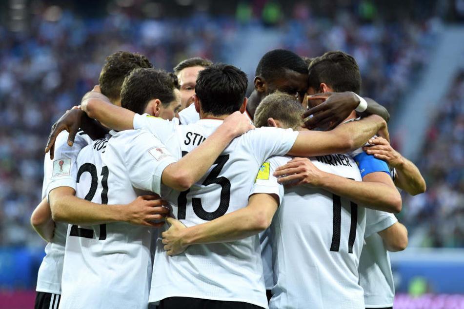 Zum 1. Mal! Deutschland gewinnt den Confederations Cup!