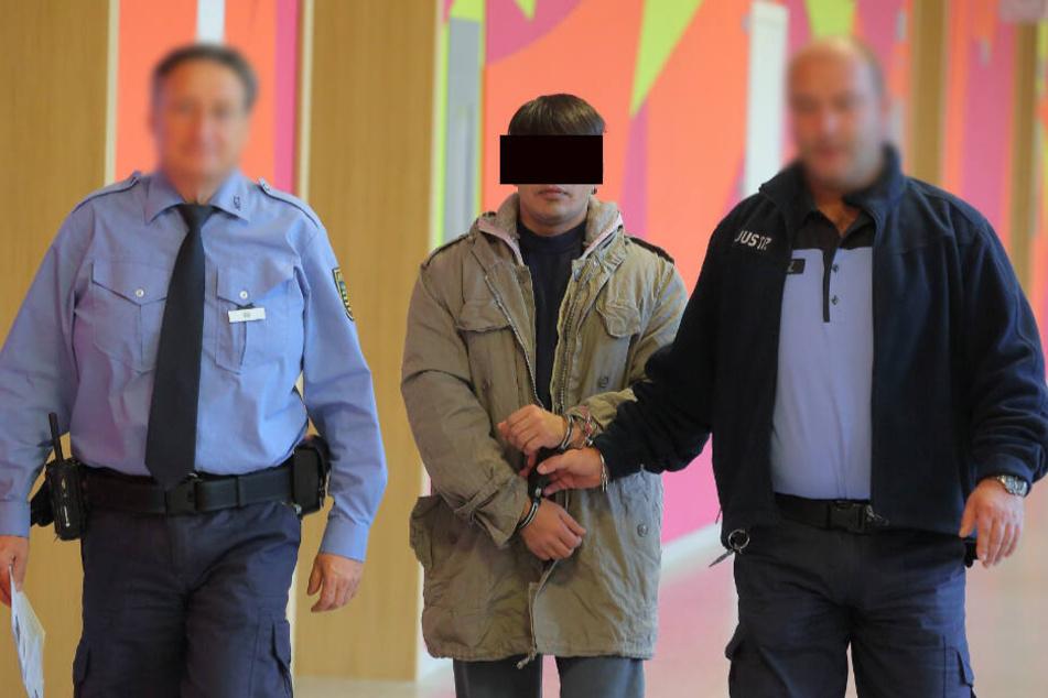 Prozess in Sachsen: Polizei rettet Mädchen (15) vor Kinderehe