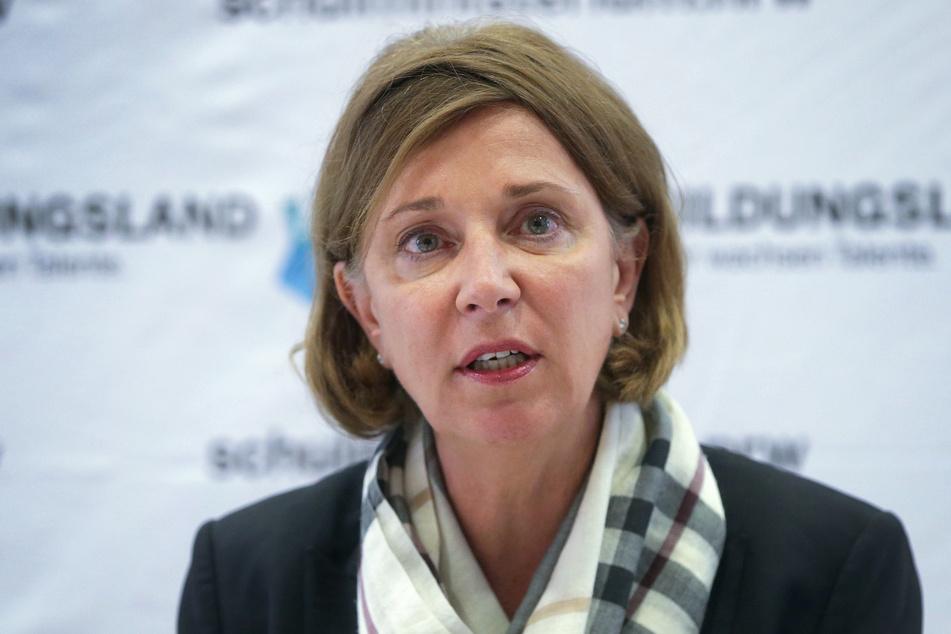 Yvonne Gebauer (53) ist Schulministerin in NRW.