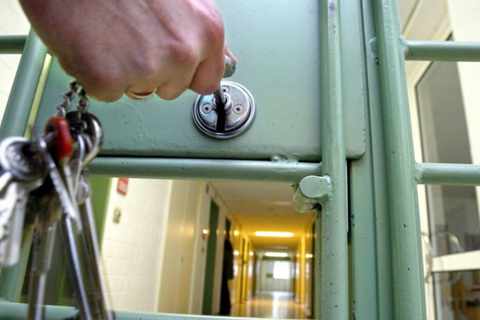 Der Alltag im Gefängnis ist für viele Gefangene nicht immer einfach. (Symbolbild)
