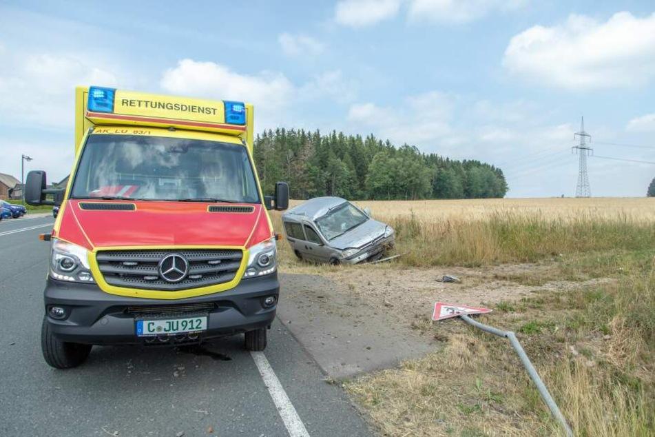 Die Fahrerin kam schwer verletzt ins Krankenhaus.