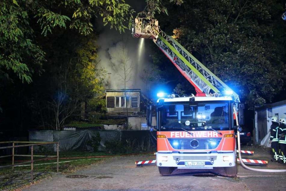 Gegen 2 Uhr waren die Löscharbeiten der Feuerwehr beendet.