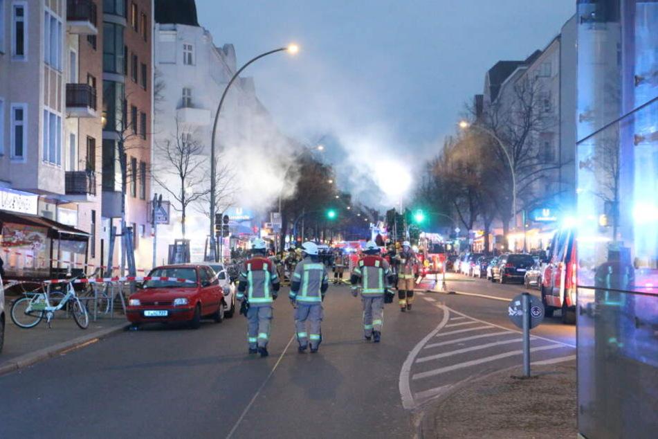 Nach Großbrand in Neuköllner Aldi-Wohnhaus: Polizei sucht Zeugen