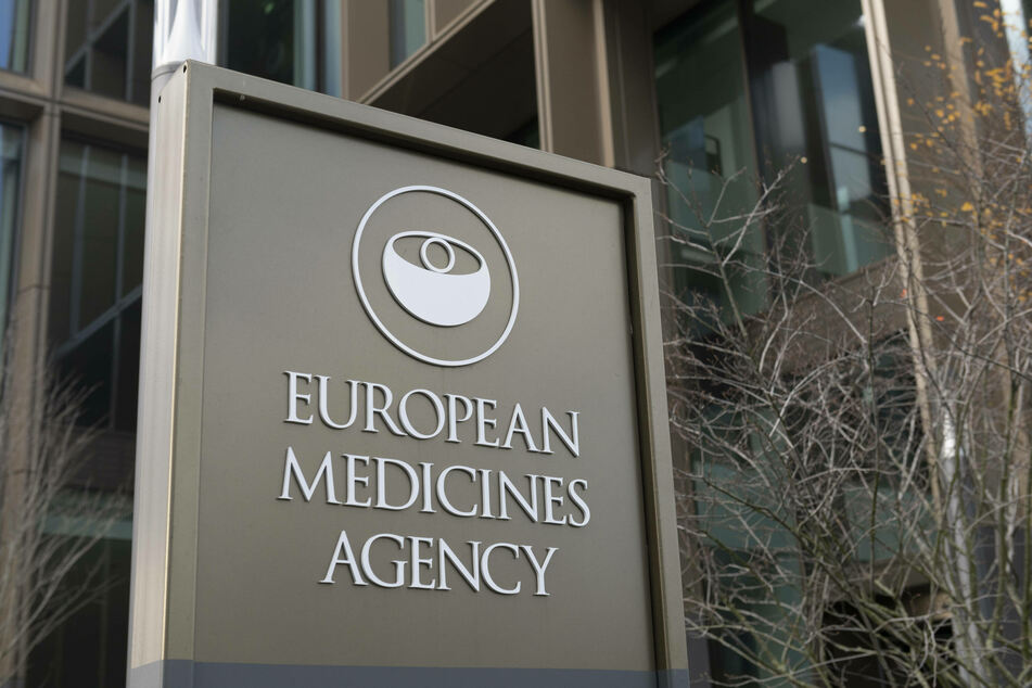The European Medical Agency did not divulge details about the attack, but remains positive about the Pfizer/BioNTech vaccine.