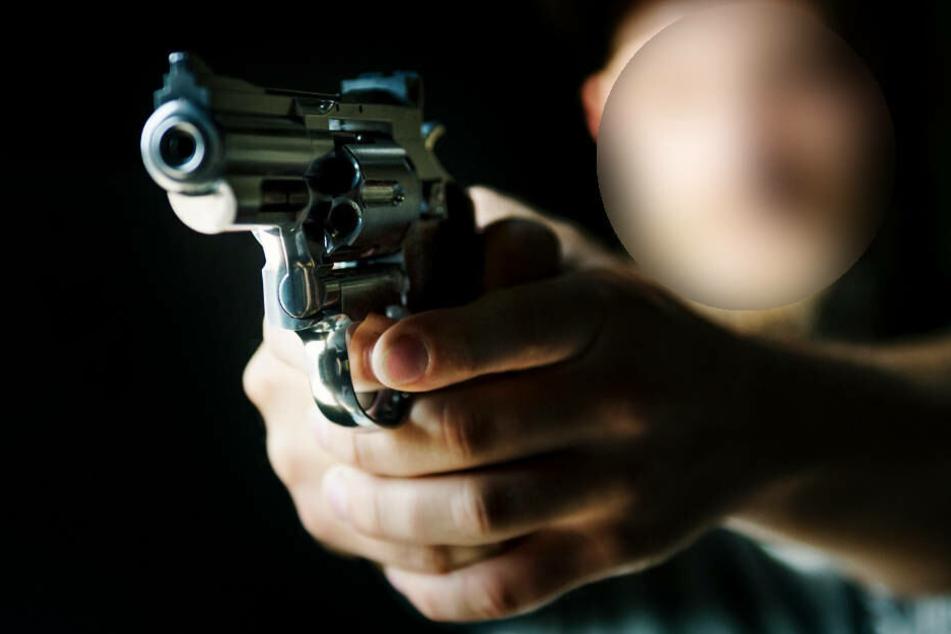 Der Angeklagte aus der Türkei soll zwei Schüsse auf seinen Landsmann abgegeben haben (Symbolbild).