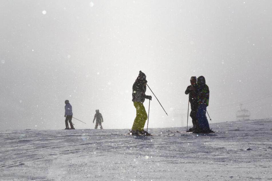 Ein Toter bei schwerem Skiunfall