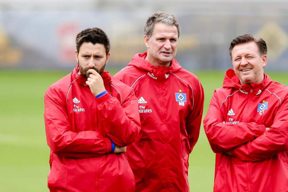 Zusammen mit Andre Kilian (von links nach rechts) war Marinus Bester Co-Trainer beim HSV unter dem ehemaligen Trainer Christian Titz (Archivbild).
