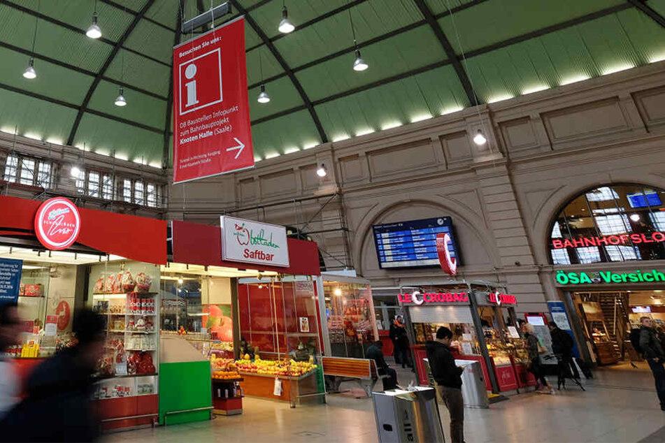 Das DB-Reisezentrum sowie ein Tabakgeschäft im Hauptbahnhof Halle wurden von einem Mann überfallen.
