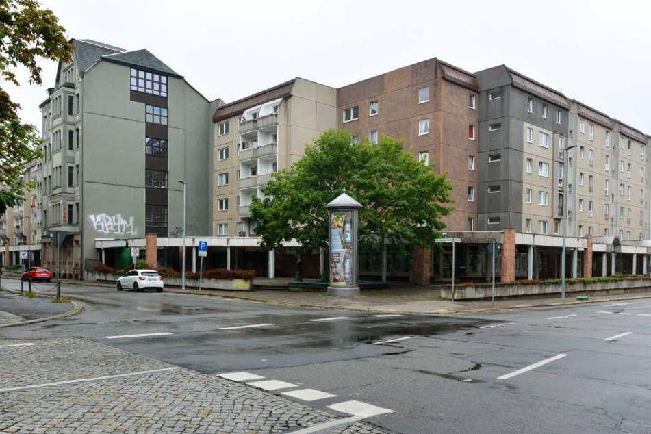 """In der ehemaligen Kneipe """"Die Glocke"""" an der Karl-Liebknecht-Straße soll der Plattenladen einziehen."""