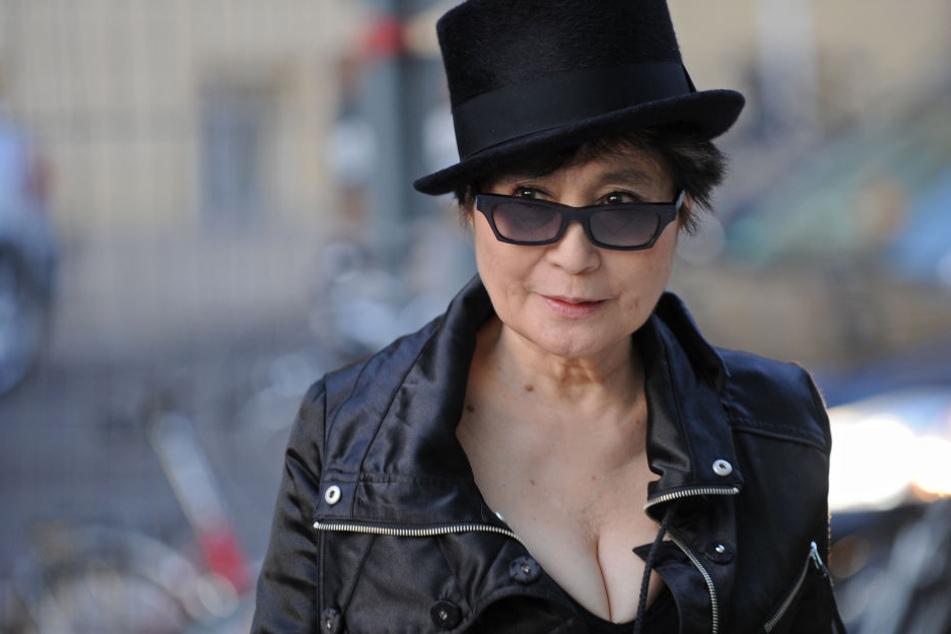 """Die Witwe von Beatles-Sänger John Lennon (†40), Yoko Ono (86), wird ihre Ausstellung """"Peace is Power"""" im Museum der bildenden Künste persönlich eröffnen."""
