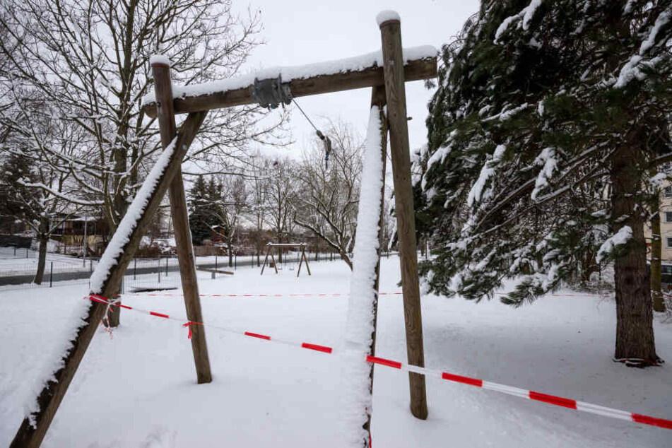 Der gesperrte Spielplatz in der Straße Usti nad Labem bekommt neue Spielgeräte.