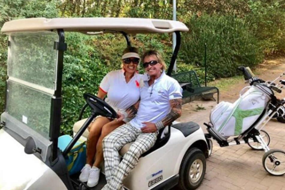 Ein schöner Nachmittag auf dem Golfplatz mit Bert Wollersheim und seiner Ginger.