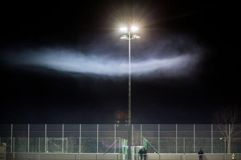 Aufgrund des ausgefallenen Flutlichts konnte das Hessenpokal-Spiel zwischen Hanau und Kalbach nicht beendet werden.