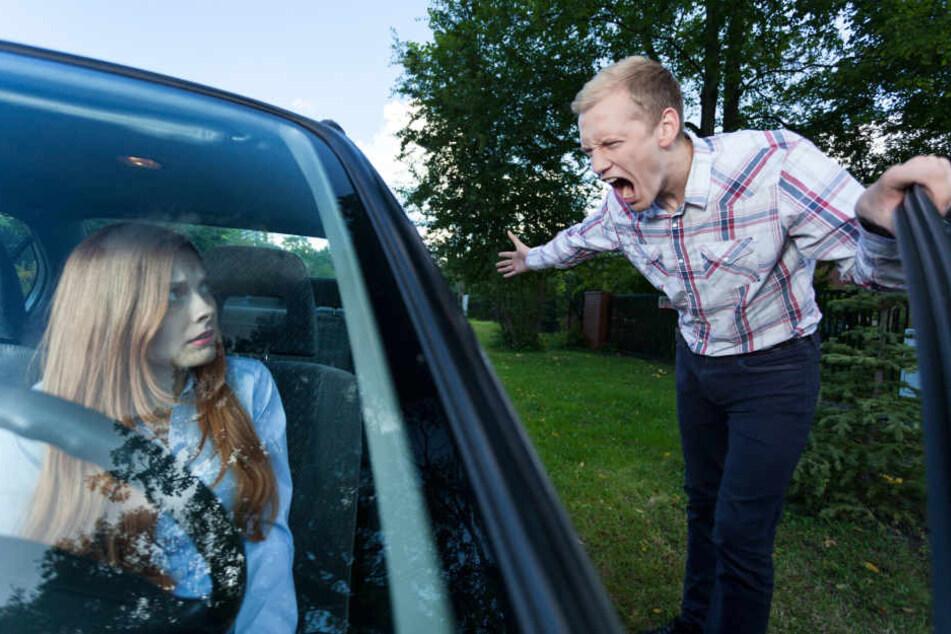 Schon eine kurze Fahrt mit dem Auto kann bei dem ein oder anderen zu extremen Frust führen. (Symbolbild)