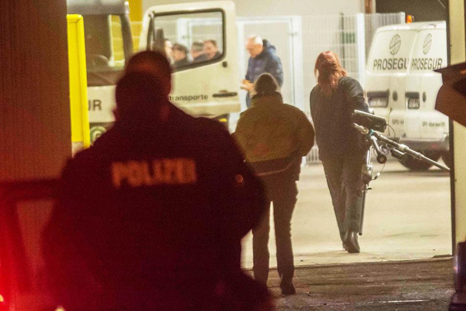 Schüsse, Explosionen und Verletzte: Raub-Überfall auf Geldtransport-Unternehmen