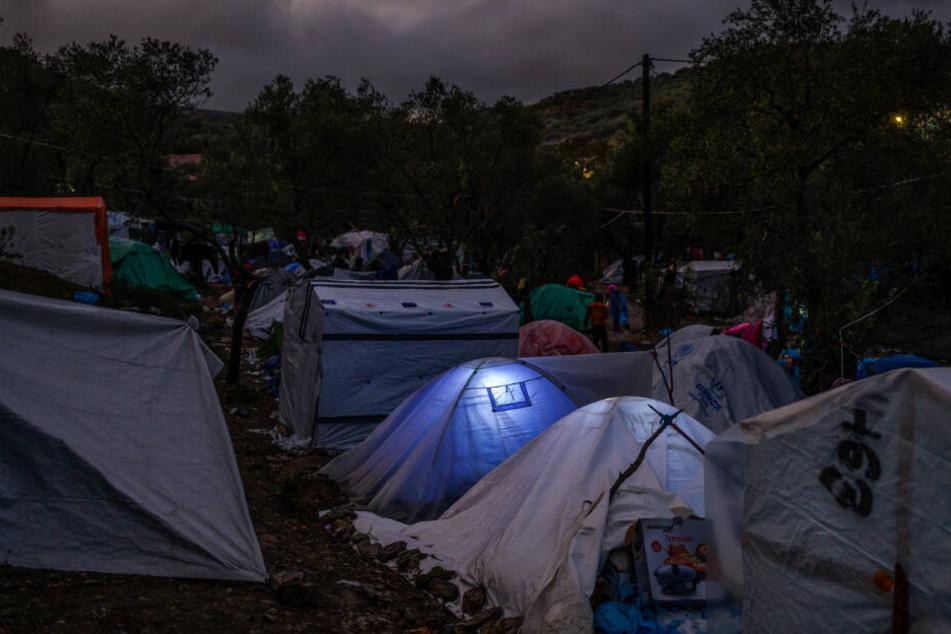 Ein Blick auf das Zwischenlager neben dem Lager Moria auf der Insel Lesbos.