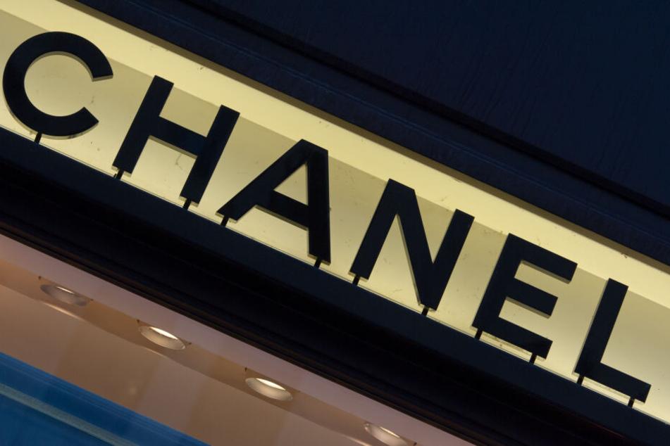 Polizei-Einsatz bei Chanel! Diebe stehlen teure Designer-Handtaschen