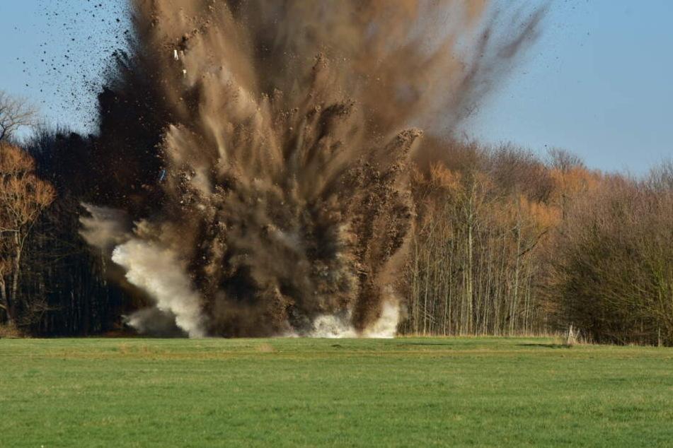 Bombe aus Porz erfolgreich in Köln-Westhoven gesprengt!