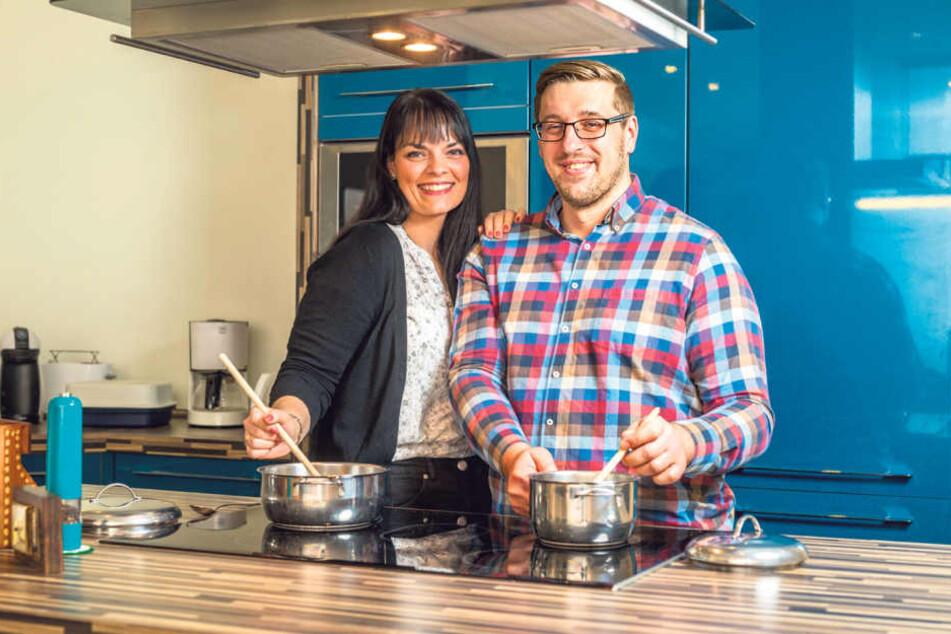 Statt gemeinsam leckere Gerichte am Herd zu kochen, trifft sich das Paar bald  zum bitteren Scheidungstermin vor Gericht.