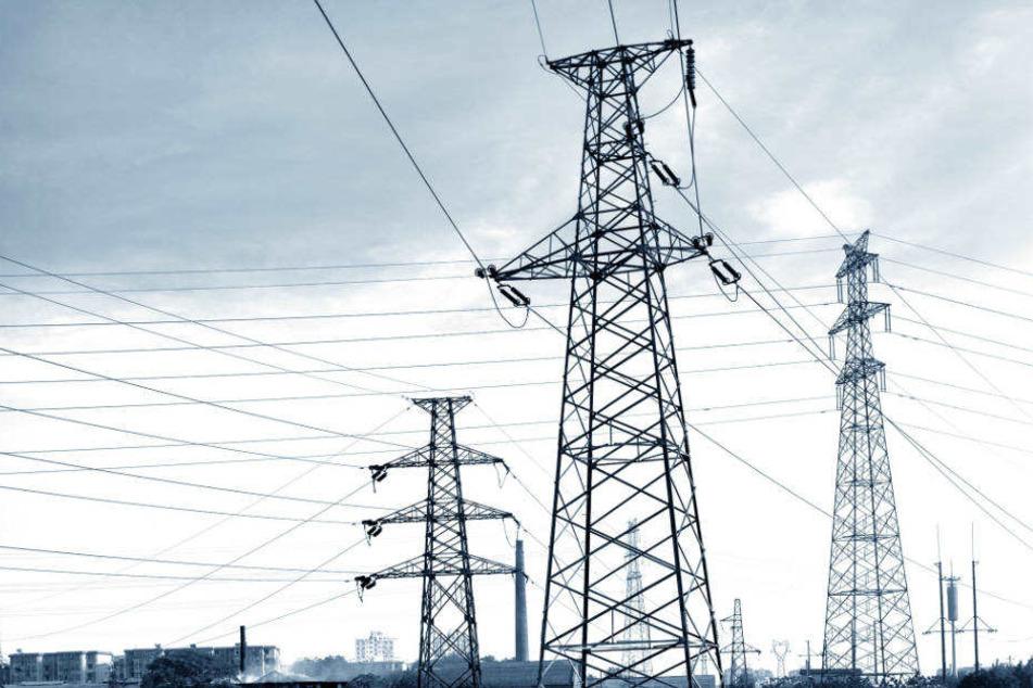 Stromausfall legt Wuppertal lahm: Hunderte Anrufe bei der Polizei