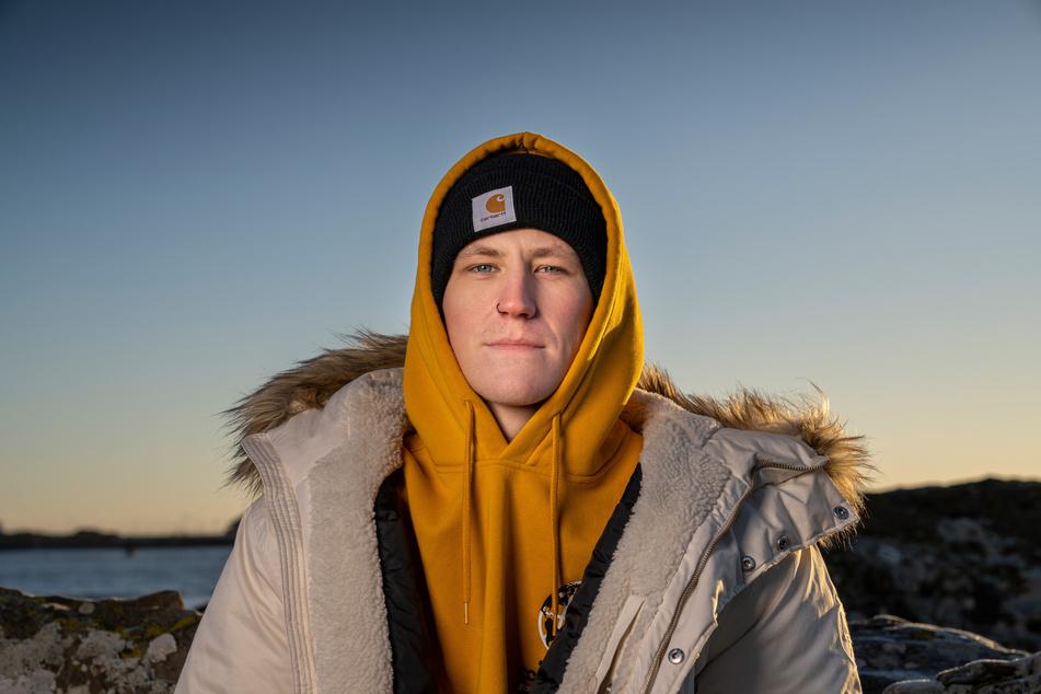 """""""Das ist einfach nur verrückt"""", sagt Ex-Postbote Nathan Evans (26) über seinen plötzlichen Charterfolg. In Deutschland steht er auf Platz 1!"""