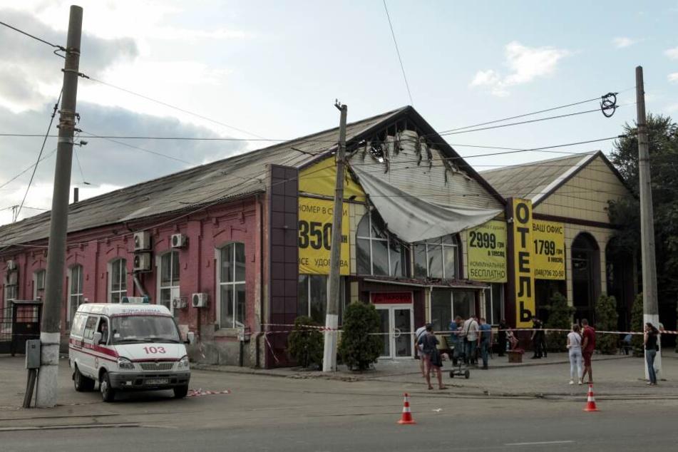 """Im Billighotel """"Tokio Star"""" in der ukrainischen Hafenstadt Odessa sind neun Menschen bei einem Brand ums Leben gekommen."""