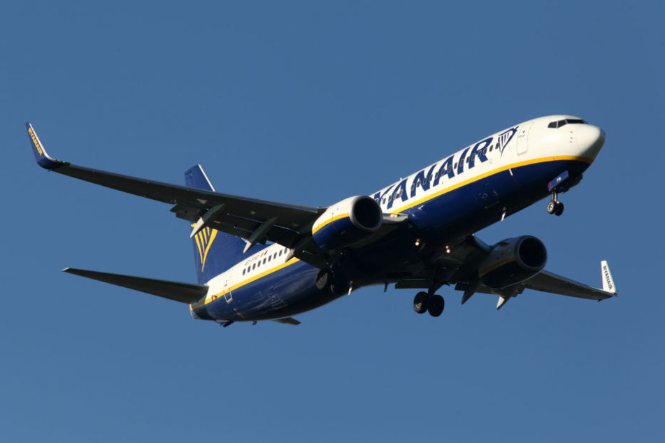 Ryanair stellt aktuell rund 50 Prozent der verspäteten Flüge nach 23 Uhr (Symbolbild).
