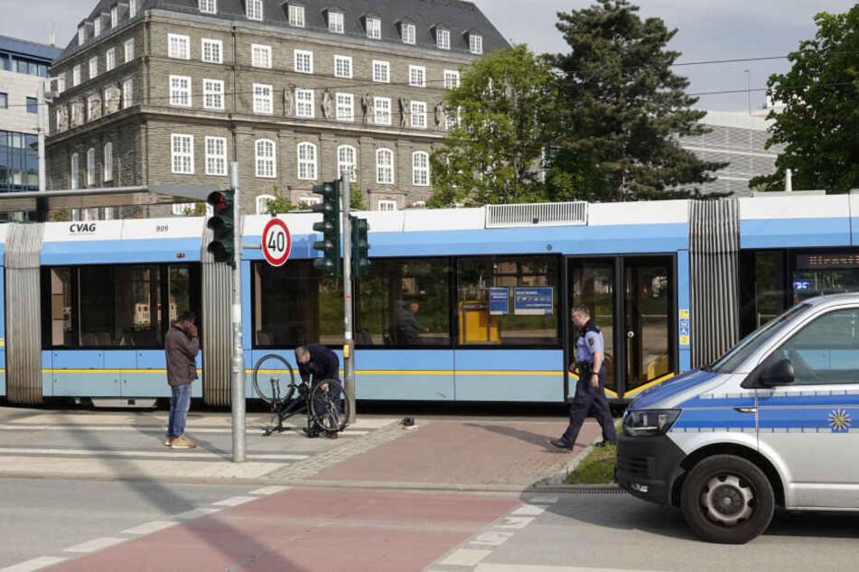Chemnitz: Kind in Chemnitz von Straßenbahn erfasst und schwer verletzt