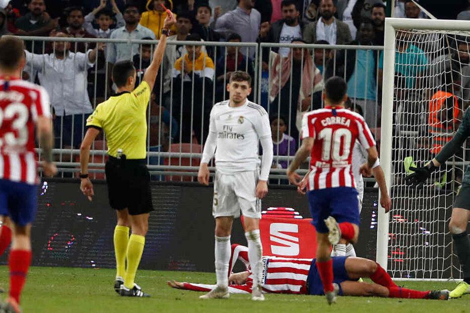 Real-Star Valverde wird mit brutaler Grätsche zum Supercopa-Helden