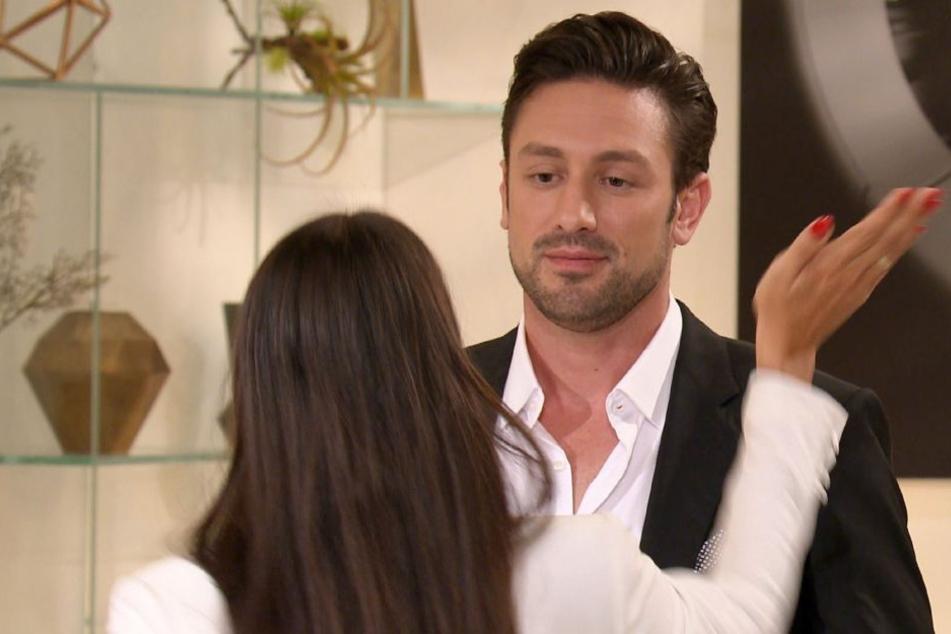 Da knallt's: Daniel bekommt eine Ohrfeige von Yeliz.