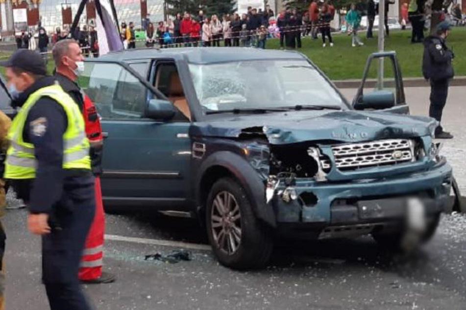 Geländewagen rast über Unabhängigkeitsplatz: Zwei Tote, mehrere Verletzte