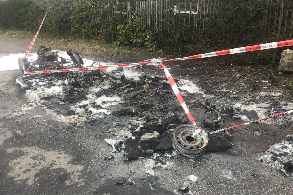 Voriges Jahr ging das Auto von Stadtrat Max Aschenbach (35, PARTEI) in Flammen auf.