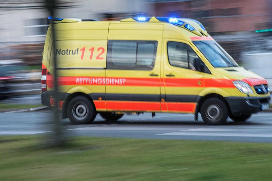 Straßenbahn übersehen: Frau bei Unfall in Plauen schwer verletzt