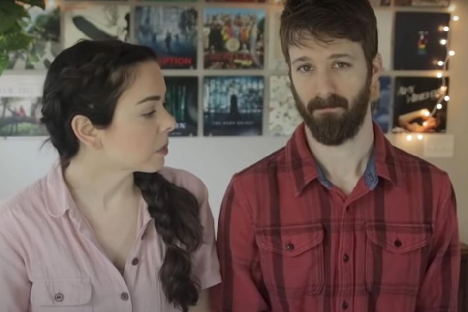 Versuchten den Fans am 4. Mai auf YouTube ihre Beweggründe zu erklären: Nikki Phillippi und Ehemann Dan.