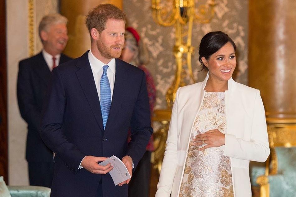 Prinz Harry und Herzogin Meghan beim Empfang im Buckingham Palace.