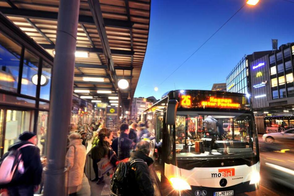 Fahrpläne an Weihnachten: So fahren die Busse und Bahnen