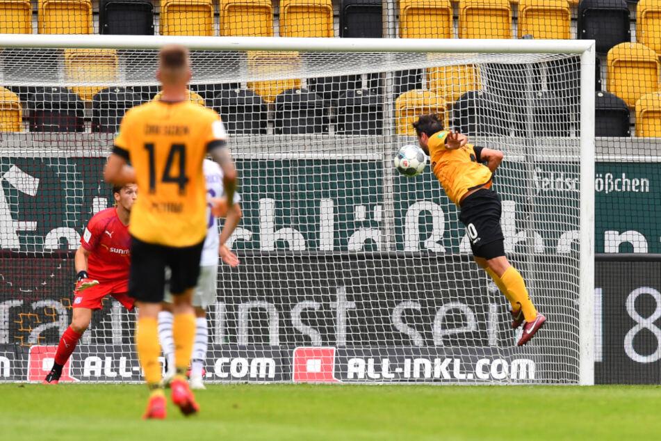 Das war das vorerst vorletzte Tor für Dynamo in der 2. Bundesliga: Marco Terrazzino (r.) köpfte zum zwischenzeitlichen 1:0 gegen Osnabrück ein. Am Ende hieß es 2:2.