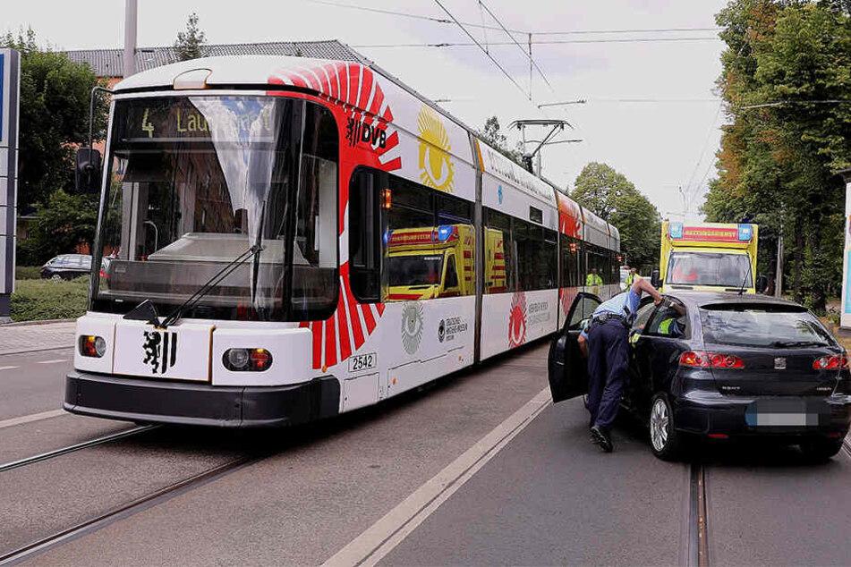 Nach Kollision mit der Strassenbahn: Autofahrerin verletzt!