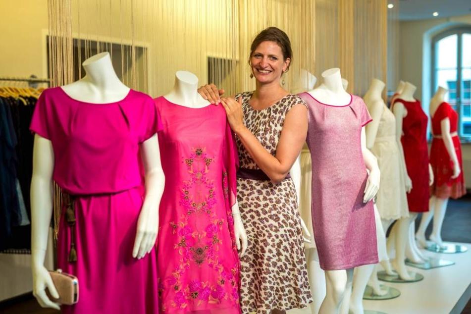 Freut sich über den Erfolg ihres Models: Designerin Dorothea Michalk (36) in  ihrem Atelier auf der Rähnitzgasse.