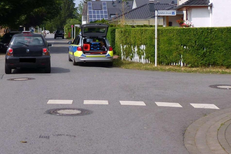 Die Schülerin lag auf der Straße, als die Autofahrerin abbog.
